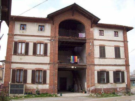 Abitazione di tipo civile besana in brianza fino a for Aste giudiziarie monza