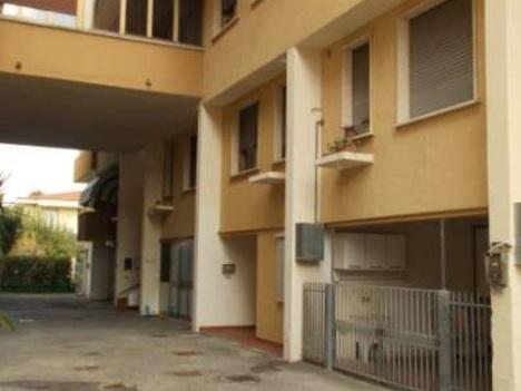 Appartamento viareggio 80.000   150.000 euro   enti e tribunali