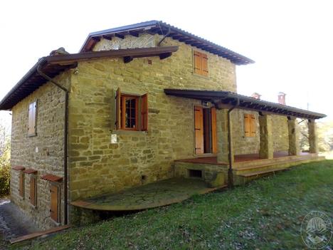 Abitazione di tipo civile provincia arezzo 500 for Piani di casa europei per lotti stretti